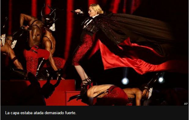 Madonna se cae en los Brit Awards