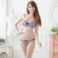 Like this style, so kawaiiiii check out here ----------- http://bit.ly/1yFktYY