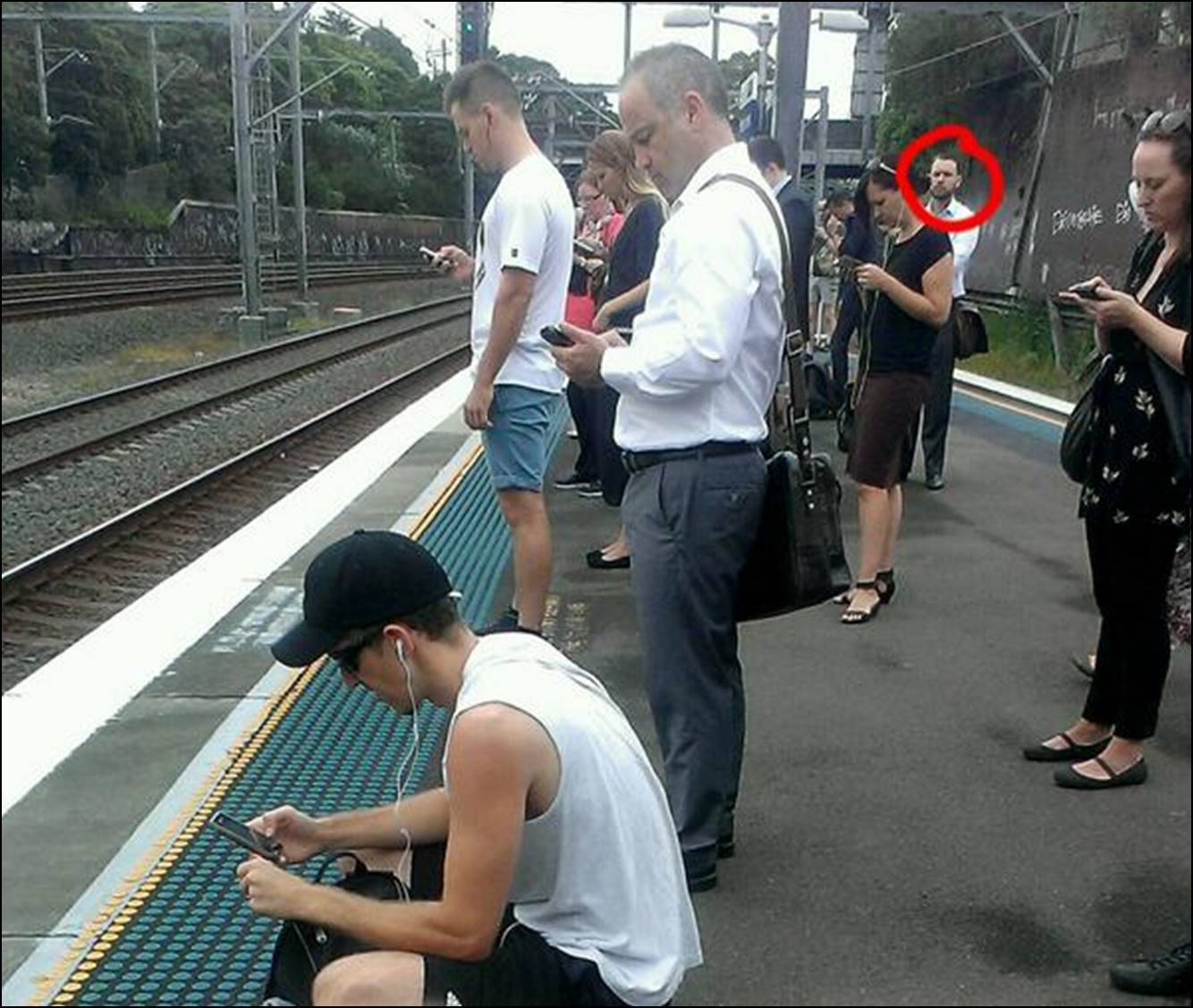 Bilderesultat for man was caught watching the real world